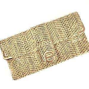GUESS // faux snakeskin clutch